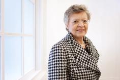 12_Françoise Barre-Sinoussi